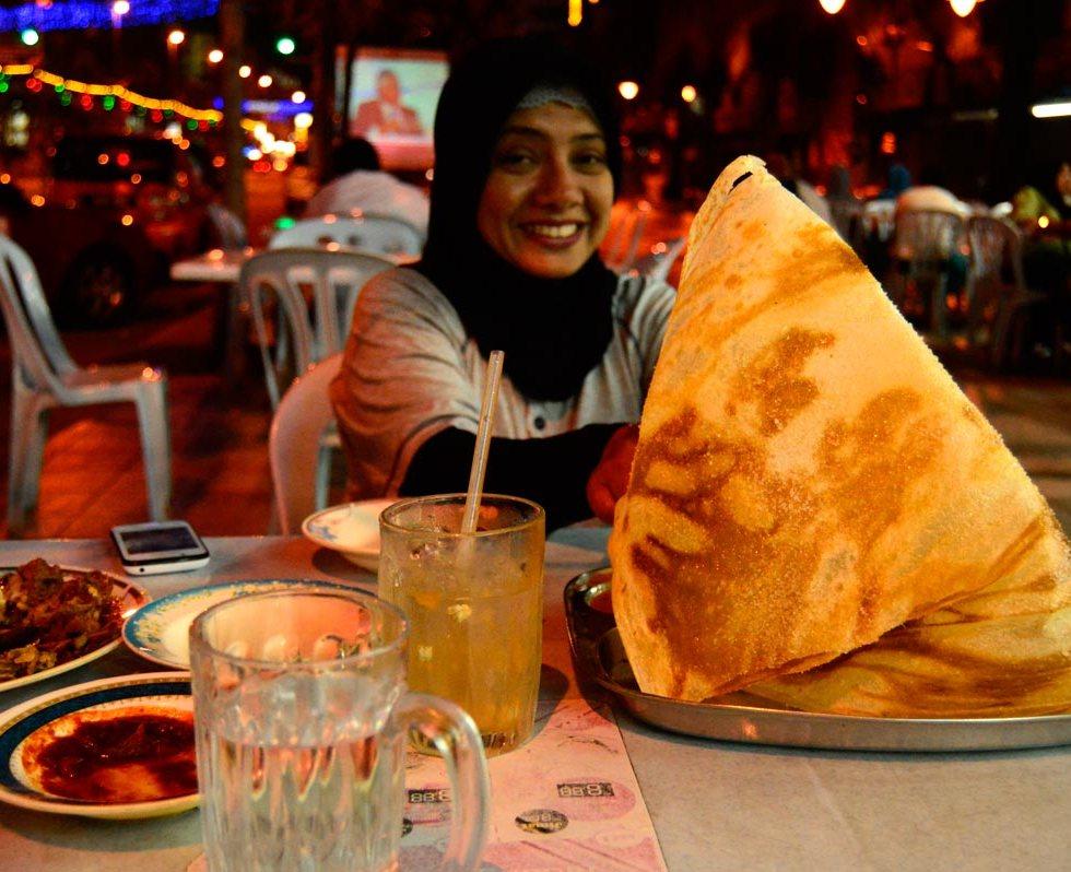 tissue bread roti tisu malaka melaca food jilbab hijab street tv smile muslim bottle glass orange juice